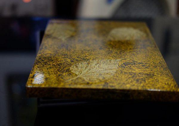 hộp sơn mài chữ nhật vàng