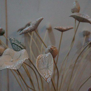 hoa sen sơn mài bằng gỗ
